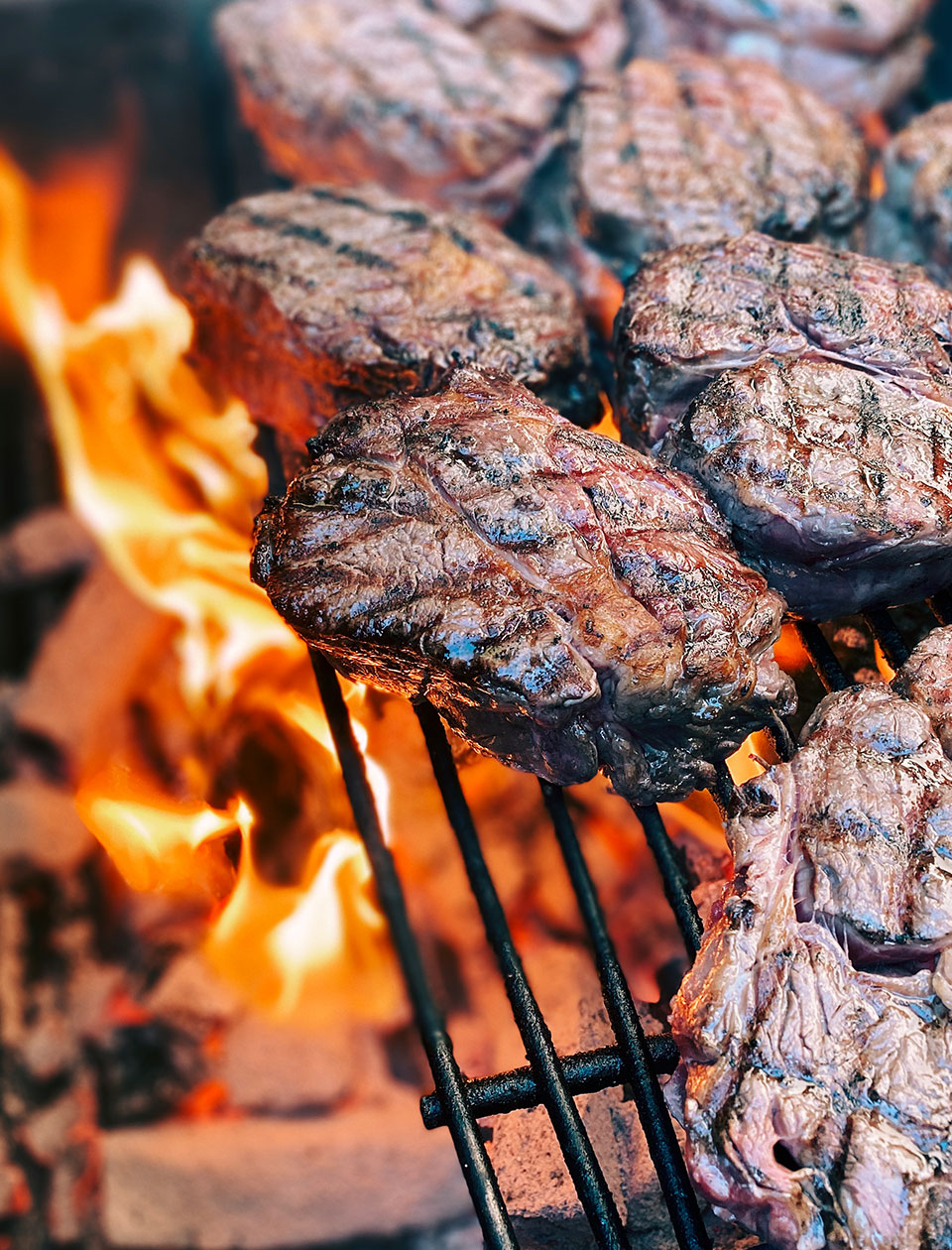 mitch-barbecue-catering-grill-steaks