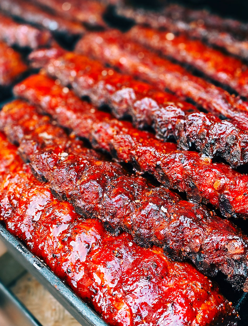 mitch-barbecue-catering-spare-ribs