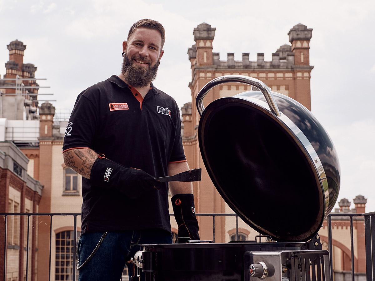 mitch-barbecue-portrait-wide